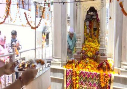 कोरोना माहामारी बीच जम्मु काश्मीरमा जेष्ठ अष्टमी मनाईयो