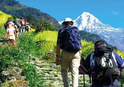 निषेधाज्ञा खुकुलो भएसँगै नेपालमा बढ्न थाल्यो विदेशी पर्यटकको चलहपहल